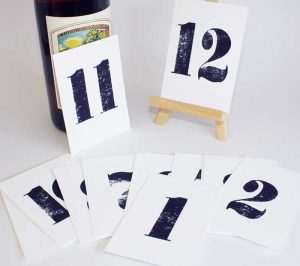 table-numbers-cards